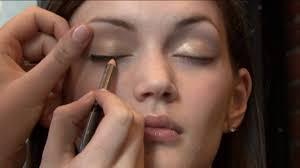 grad makeup to pliment your dress