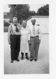 The Robert Muir Family: Photograph of Siblings: Robert Muir and Janie  (Muir) Beck