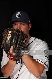 Robbie Erlin of the San Diego Padres poses on photo day during MLB...  ニュース写真 | Getty Images