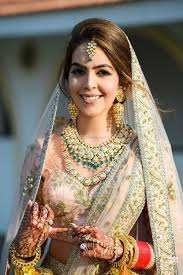 trendy bridal makeup looks which are