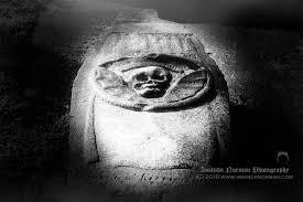 Billinge Memento Mori Grave | Headstone Symbols and Meanings