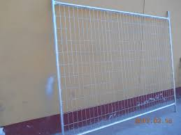 China Australia Galvanized Construction Welded Temporary Metal Fence Panels Hot Sale With Plastic Base Photos Pictures Made In China Com