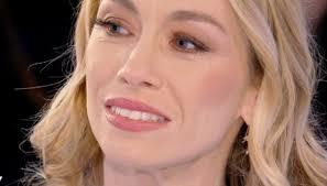 Verissimo, Eleonora Abbagnato in lacrime: la malattia della madre ...