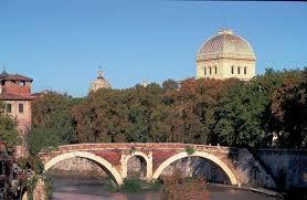 Tempio Maggiore di Roma - la Sinagoga di Roma - Rome Guide hotels ...