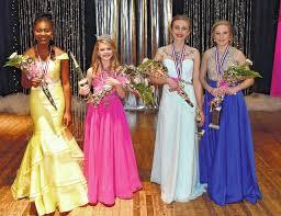 Simmons crowned Jr. Miss Hobbton   Sampson Independent