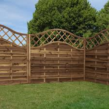 Mercia Lincoln 5ft High Horizontal Weave Domed Fence Panels Elbec Garden Buildings