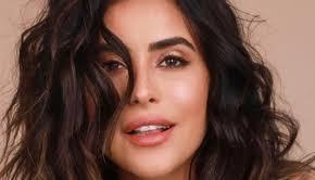heba el kaissy tries egyptian makeup