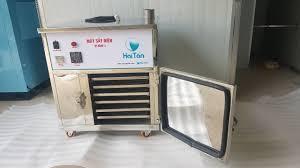 Tủ sấy điện trở HTD01 là dòng tủ sấy mini cỡ nhỏ nhất mà Hai Tấn sản xuất.  Máy có thể sấy được 10-15 kg trái cây tươi… trong 2020