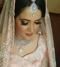 gurpreet ghura celebrity makeup artist