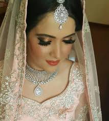 bridal makeup artist in bandra mumbai