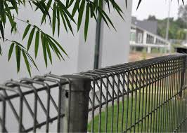 Hot Dipped Galvanized Brc Welded Mesh Panel Fencing Roll Top Fence Decorative Public Park Fence