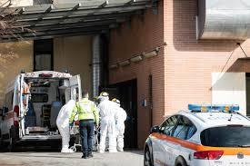 Coronavirus, morta una donna in Lombardia: contatti con il ...
