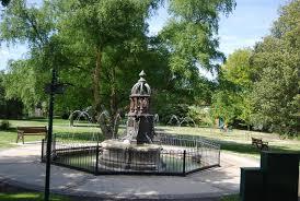 The Ada Lewis Memorial © N Chadwick cc-by-sa/2.0 :: Geograph ...