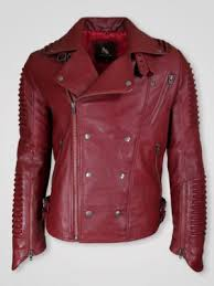 tips to wear a leather jacket in summer
