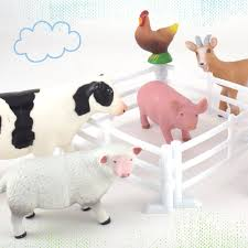 Plastic Farm Animals For Toddlers 10 Piece Jumbo Set Includes Fences And Carrying Bag Little Bearfoot