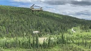 Alaska, rimosso il 'Magic bus' di 'Into the Wild' - Esteri ...