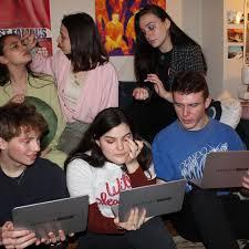 the moschino sephora laptop palette