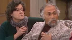 The Holiday and My Name Is Earl star Bill Macy dies, aged 97 ...