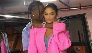 Aun No Es Su Cumpleanos Pero Kylie Jenner Ya Recibio Un Increible