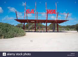 The border between South Australia (SA ...