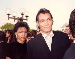 File:Jimmy Smits at the 39th Emmy Awards.jpg - Wikimedia Commons