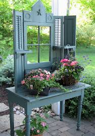 potting benches for every gardener