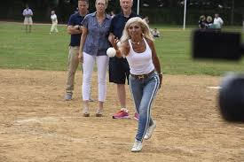 Artists Defeat Writers In 71st Annual Charity Softball Game - 27 East