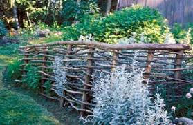 Make Simple Beautiful Garden Fences And Trellises Mother Earth News