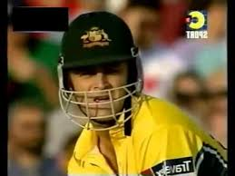 right handed Adam Gilchrist batting 70 off 44 balls vs Pakistan 2001 -  YouTube