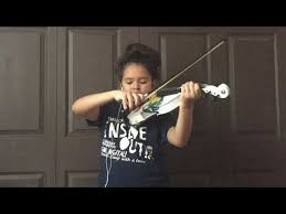 Classic Sinfonia Violin Paloma King - YouTube