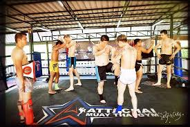 attachai muaythai gym bangkok train
