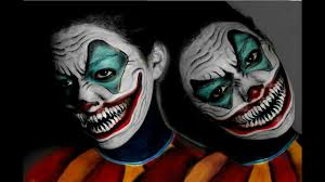 scary smiling clown makeup you