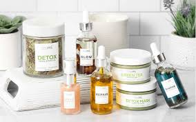 MyCleanBeautyShelf: What Adi Arezzini, Co-Founder & CEO of Teami Blends,  Uses In Her Daily Routine - WELL Insiders
