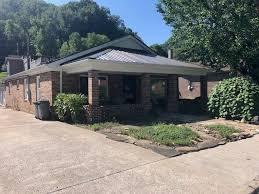 159 Myra Barnes Ave, Pikeville, KY 41501 - realtor.com®