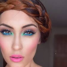 5 makeup looks for the