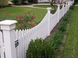 Front Yard Fence Just Big Enough To Keep Dogs Out And Kids In Backyard Fences Front Yard Fence Front Yard
