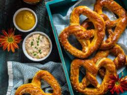 homemade mall style soft pretzels