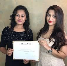 pune mumbai makeup artist courses
