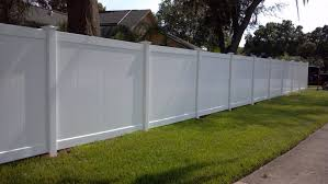 The Most Popular Fence In America 6 Foot White Pvc Privacy Fence Liberty Fence And Deck