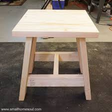 build a 2x4 outdoor table with