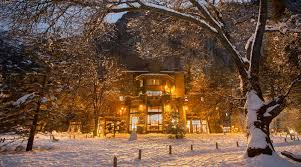 7 reasons to stay at the ahwahnee hotel