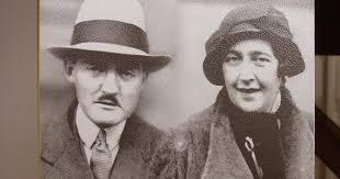 Livres papier et livres numériques: Agatha Christie, la reine du ...