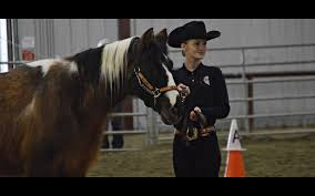 CHS equestrian team first competition | The Leavenworth Echo