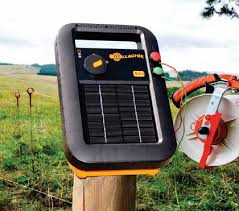 Gallagher S10 Solar Electric Fence Charger 0 1 Joules 5 Acres Gallagher Electric Fencing From Valley Farm Supply