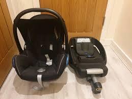 maxi cosi car seat isofix base in