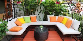 clean outdoor cushions