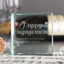 engagement gifts present ideas gettingpersonal co uk