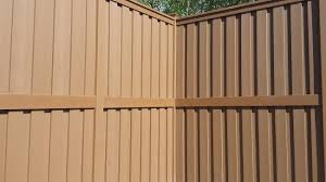 120 10 Tall Trex Fencing For Fences Over 8 Tall Use A Second Aluminum Bottom Rail With Bottom Rail Covers And 2 Extra Brackets T Trex Fencing Fence Trex