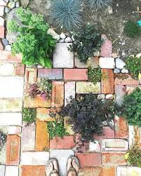 brick raised garden bed without mortar