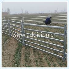 China Garden Fence Cattle Feeder Cattle Horse Fence Panel Sheep Farm Fence China Sheep Yard Sheep Fence